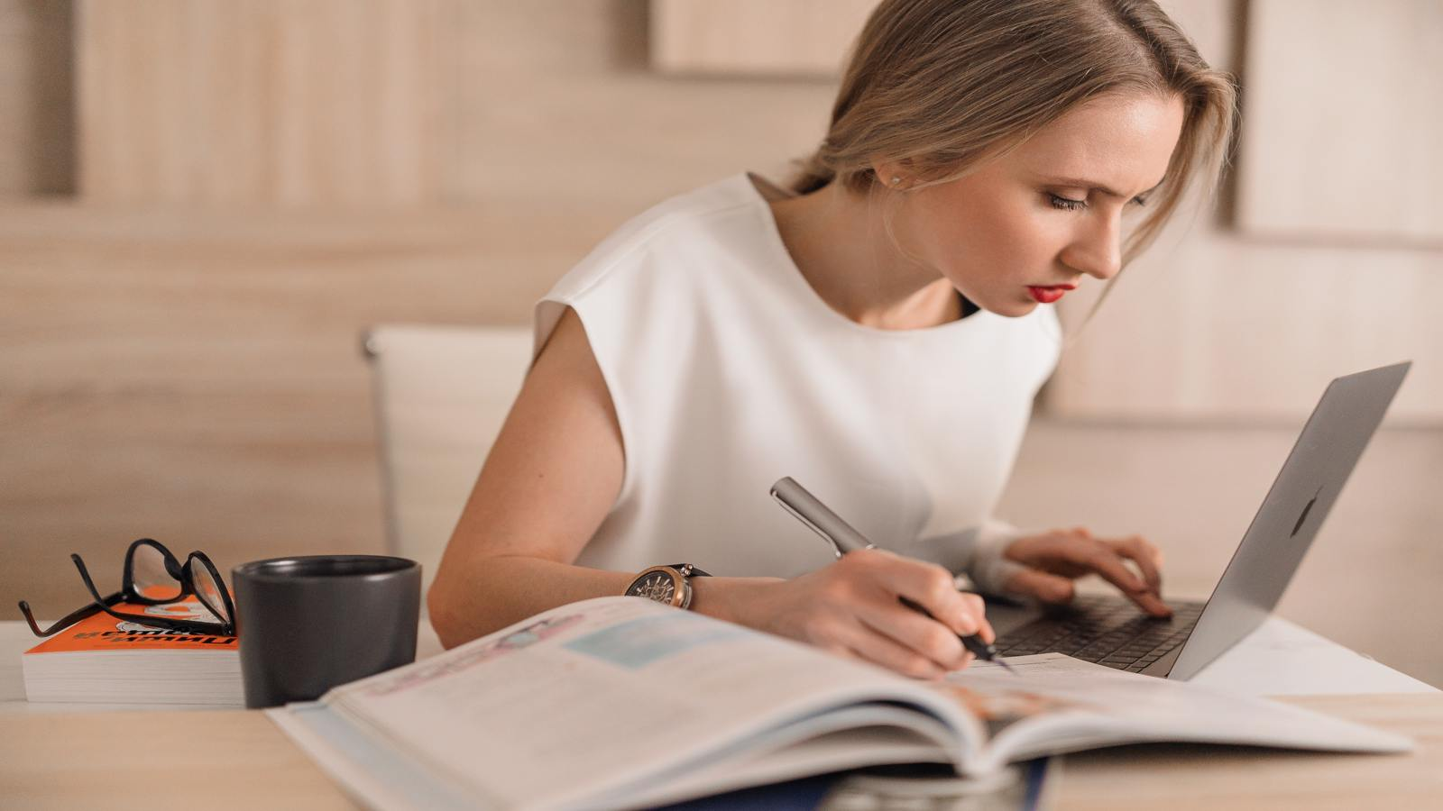 How to Find the Perfect Online Tutor: 4 Steps to the Language Teacher of Your Dreams
