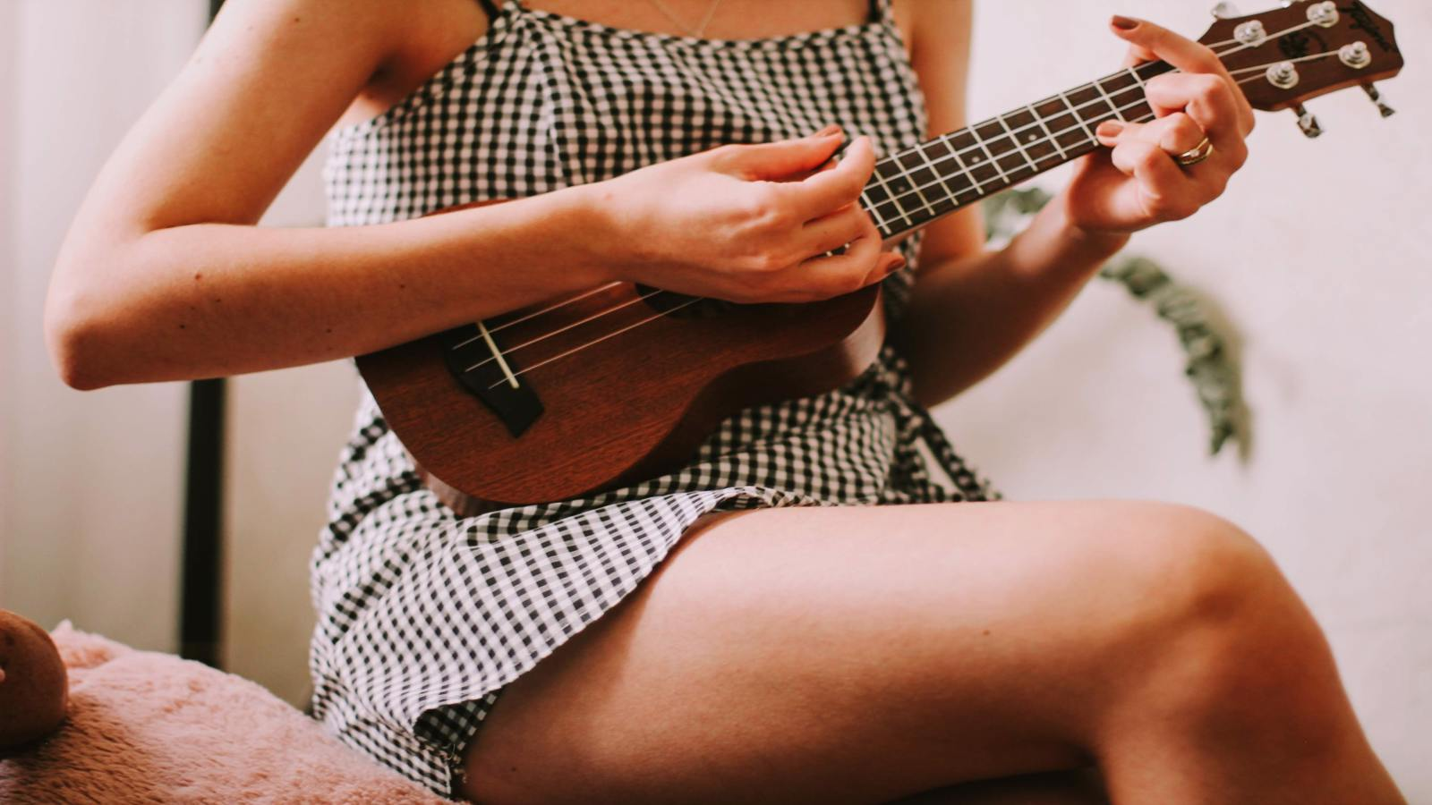 Learn Spanish With Music Videos: 4 Great Resources to Learn Spanish With Tunes And Lyrics