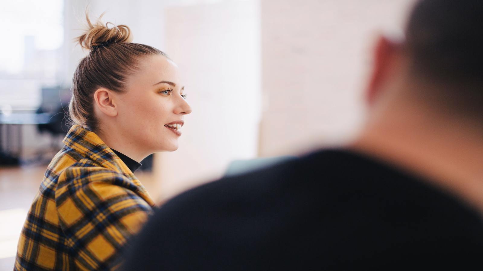15 Witty Phrases You Can Use To Sound Smart In Conversations