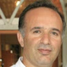Amir Esmkhani