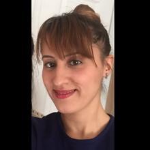 Esra Beng Hazinedar